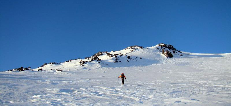 slope Climbing mt.Elbrus E-W (cross) from the North